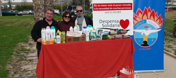 Almuerzo solidario en la Barraca Pica i Vola a beneficio de Despensa Solidaria