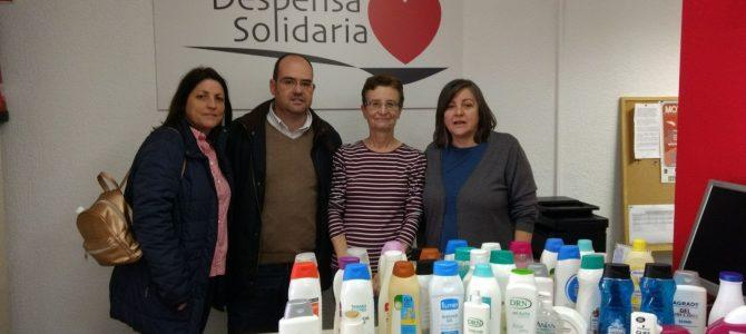 Alumnos del Colegio Calasancio visitan Despensa Solidaria